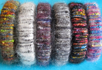 bangle ricoperto di lana