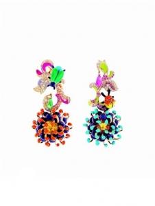 Orecchini pendenti colorati