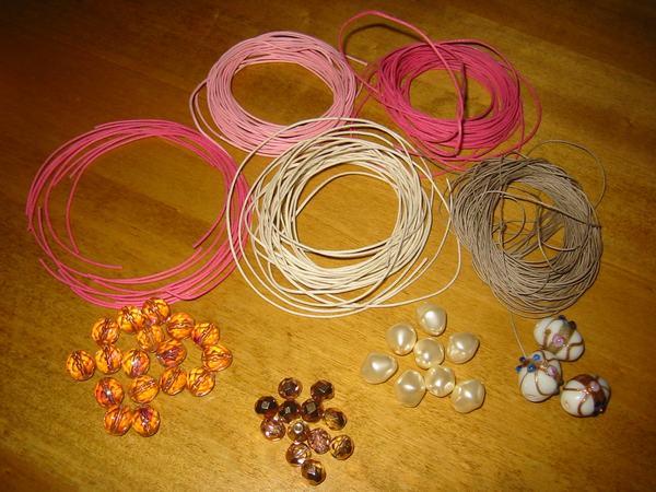 materiali per collana con nodi