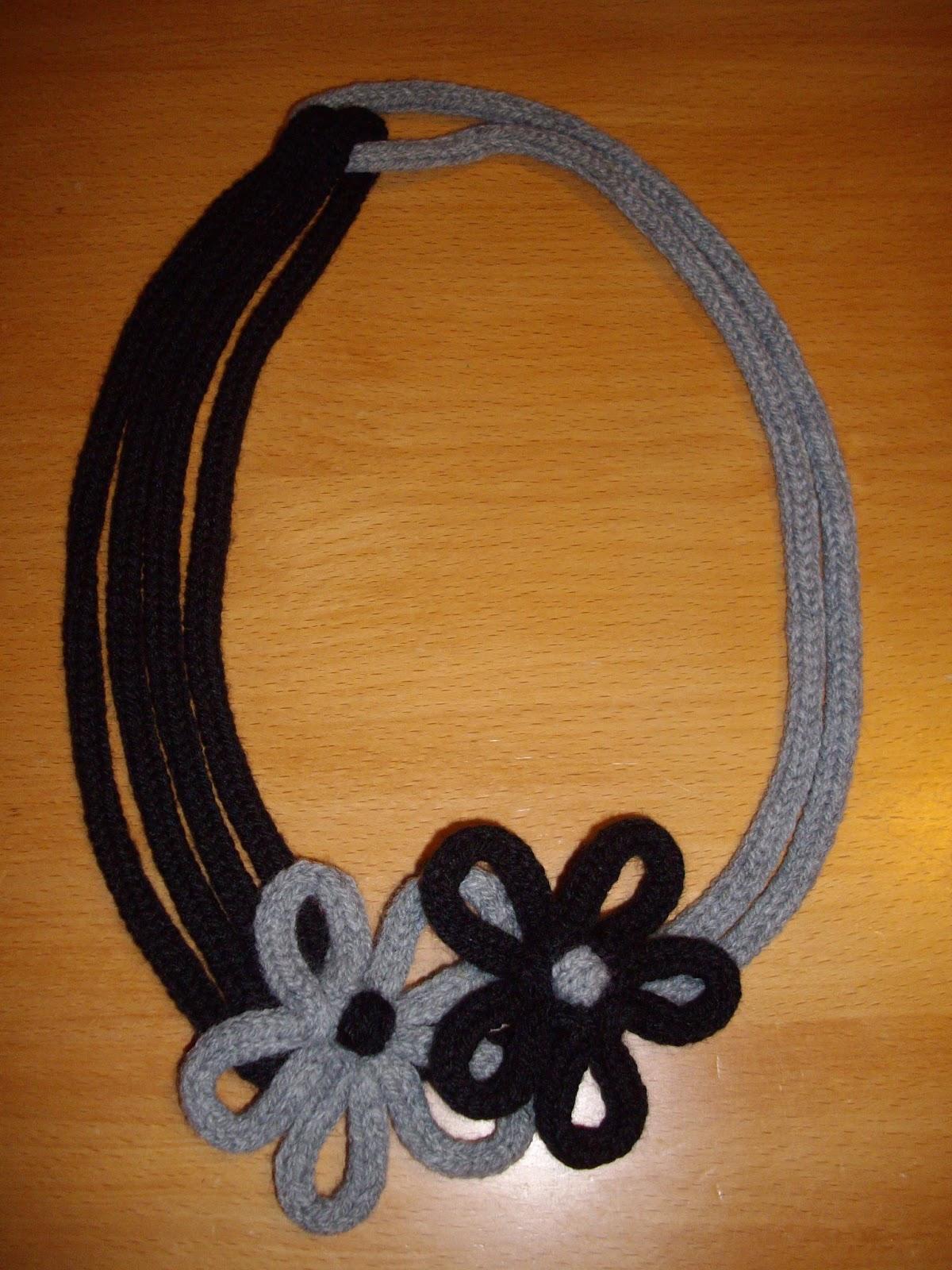 cerca l'originale vendita online spedizione gratuita Collane creative in lana fai da te - Video Blog Gioielli e ...