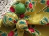 Perle ricoperte di stoffa per collana