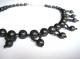 gioielli in nero