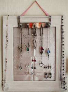Porta orecchini fai da te video blog gioielli e bijoux - Creare porta orecchini ...